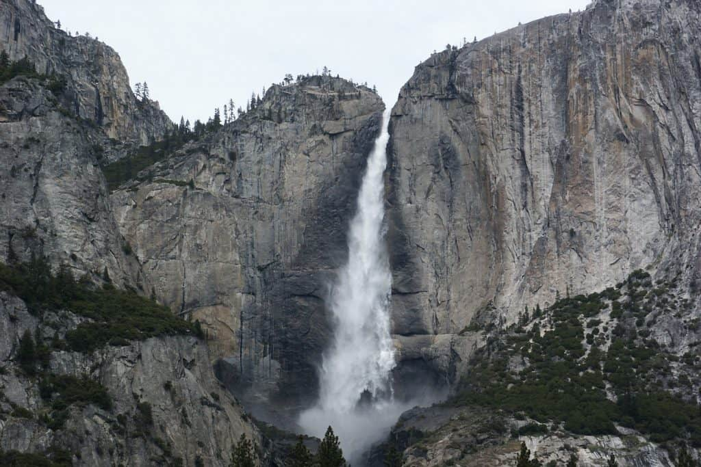 3 Days in Yosemite - Bridalveil Fall