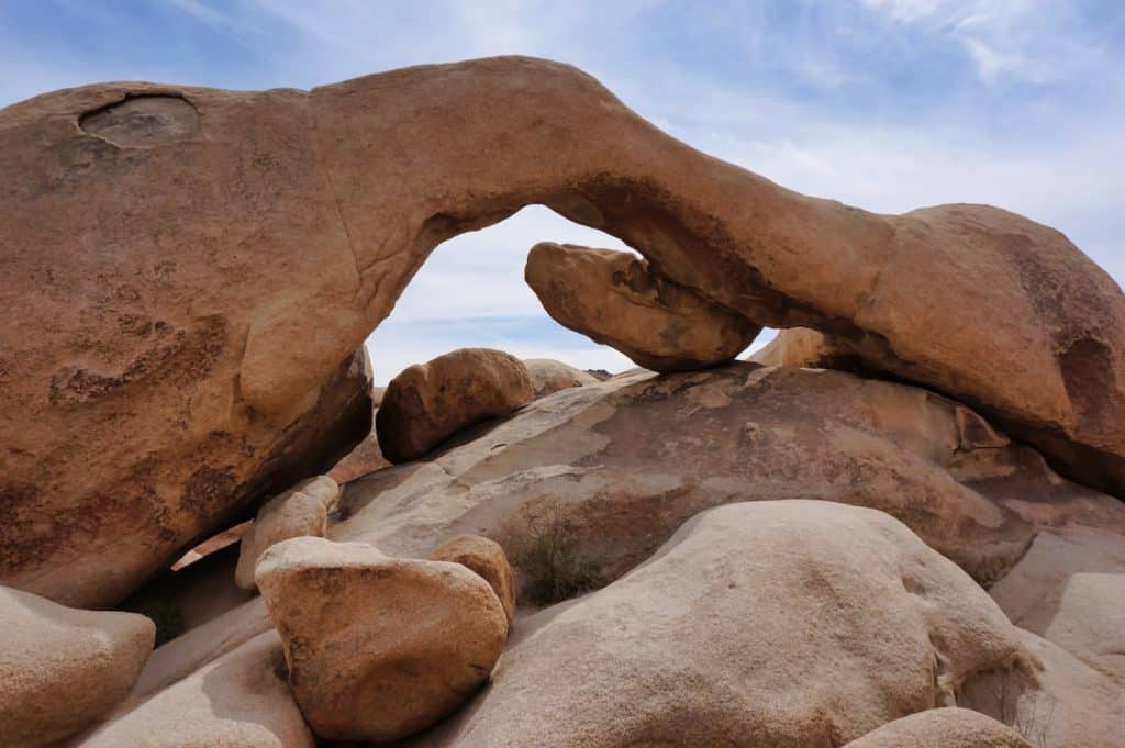 Joshua Tree Weekend Itinerary - Arch Rock