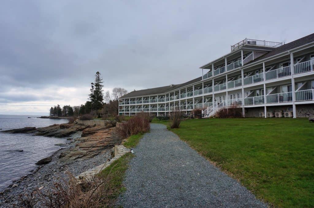 Bar Harbor Inn - Shore Path