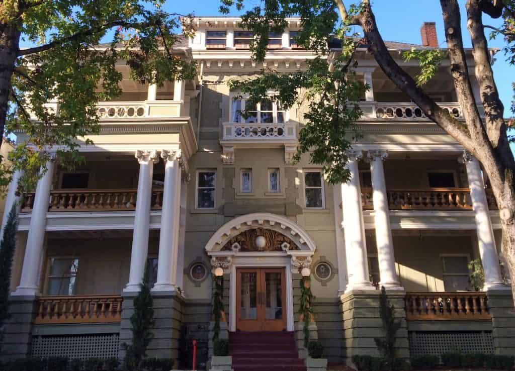 Portland Weekend Trip - Mansion