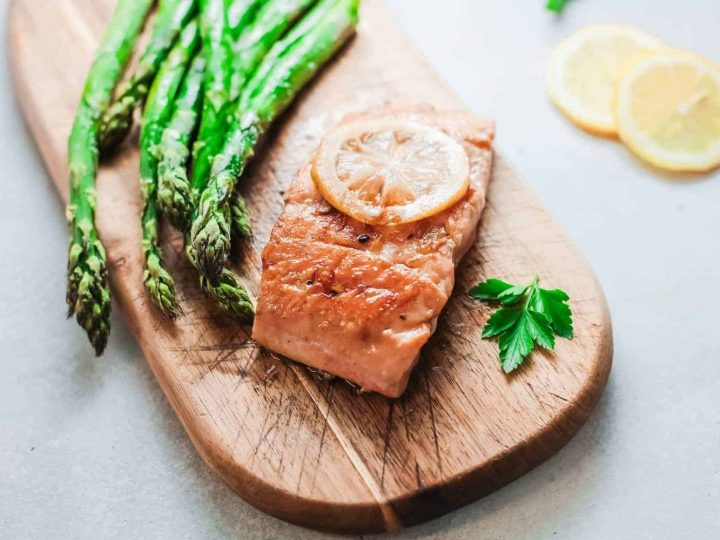 How to Easily Make Grilled Alaska Salmon