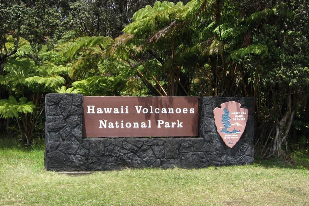Hawaii Volcanoes Sign - Ken Lund via Flickr