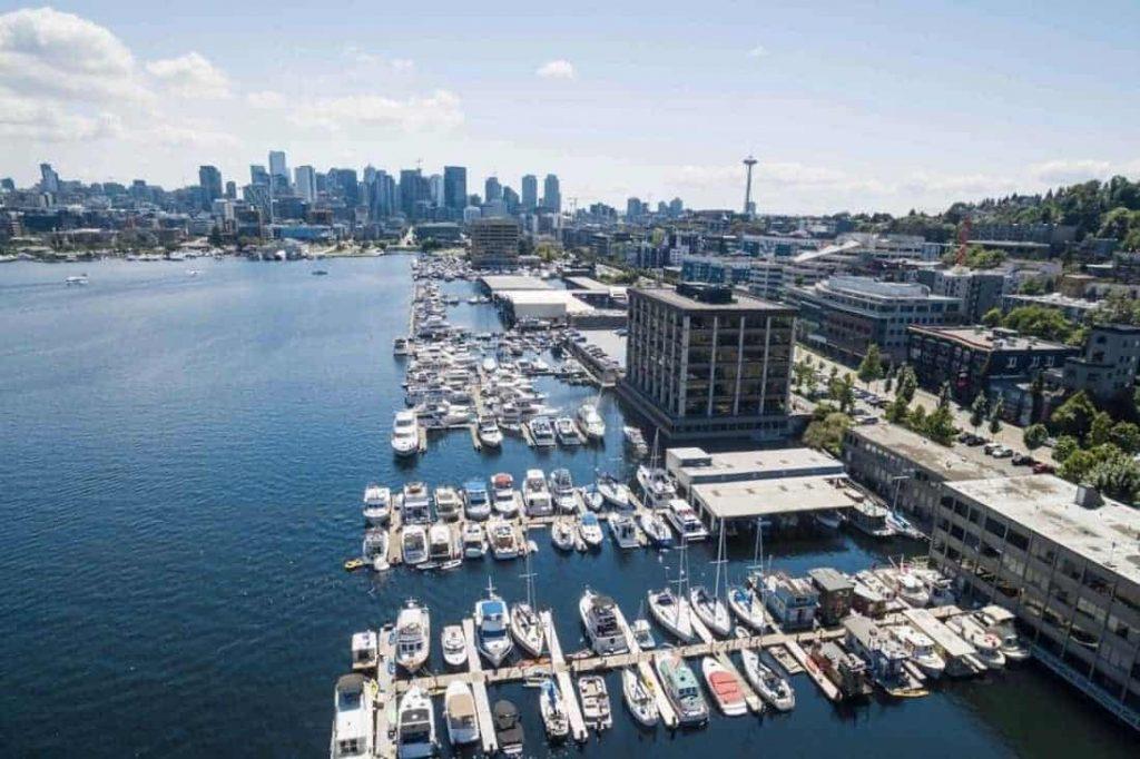 Seattle Houseboat Airbnbs Hero