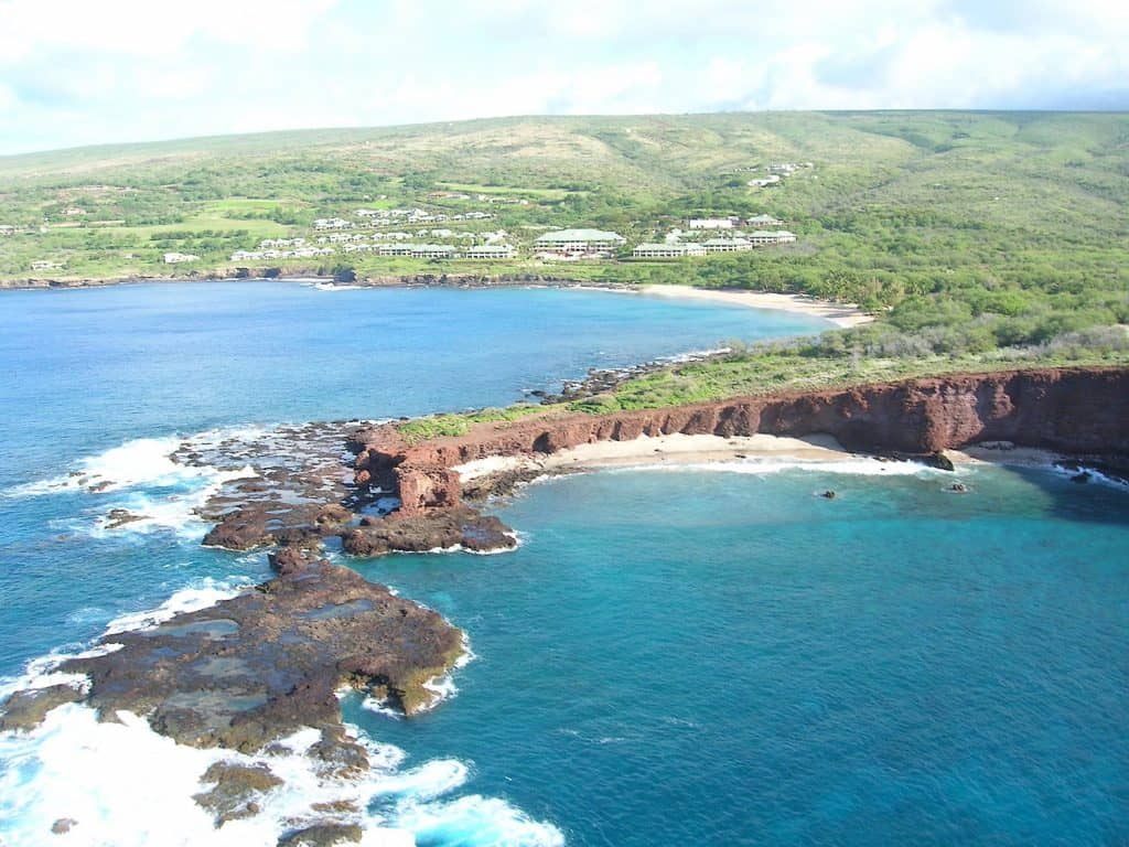 Four Seasons Lanai - Forest and Kim Starr via Flickr