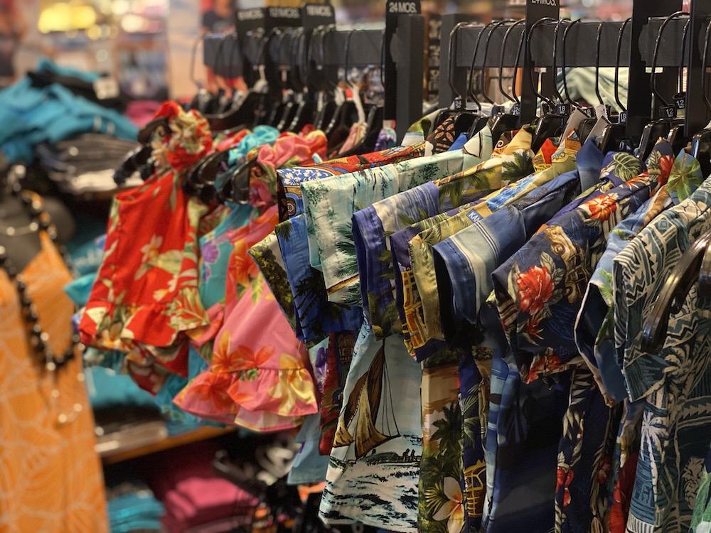 Hawaii Souvenirs - Aloha Clothing