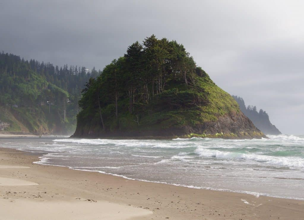 Best Coastal Towns - Neskowin - Mira's World