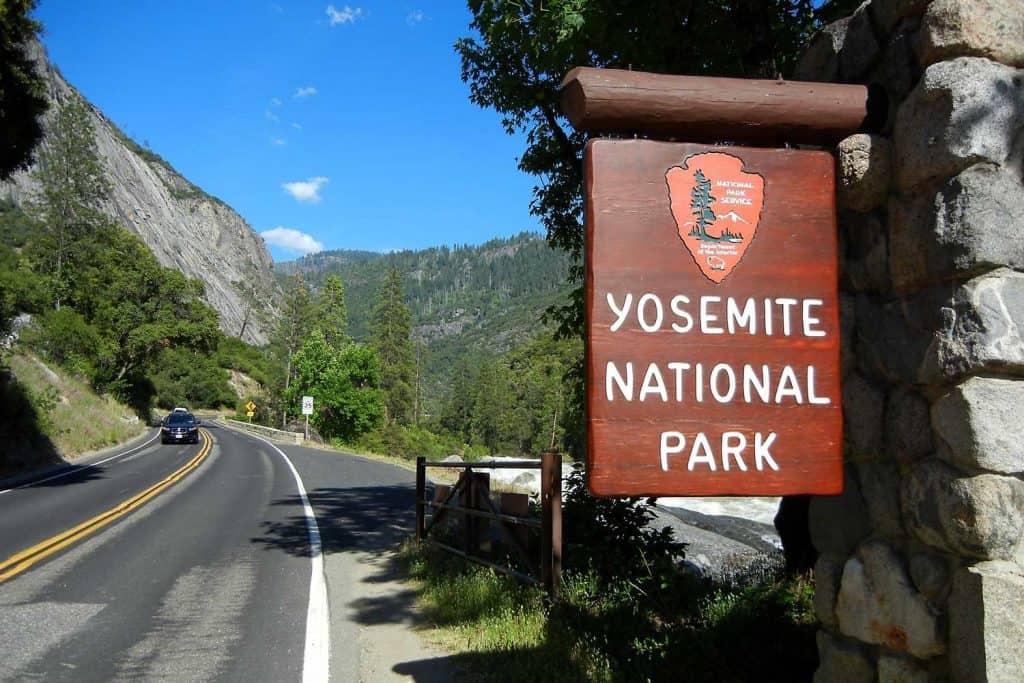 Entrance Sign for Yosemite National Park - Roger Ward via Flickr