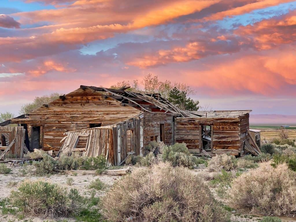 One Day in Great Basin - Sunset in Baker, NV